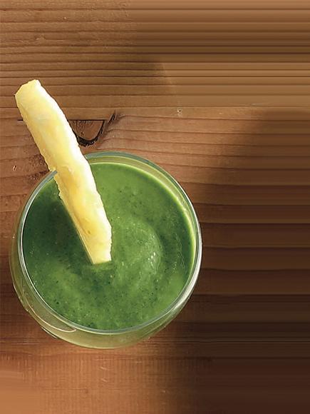 Αντιοξειδωτικό πράσινο smoothie bowl #allazoumesinithies | ΑΒ Βασιλόπουλος