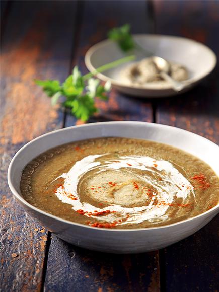 Μανιταρόσουπα με γλυκοπατάτα και κρέμα σκόρδου #allazoumesinithies | ΑΒ Βασιλόπουλος