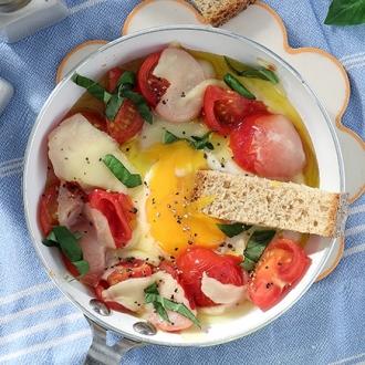 Αυγά μάτια με μοτσαρέλα