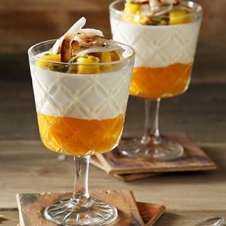 Δροσερή κρέμα καρύδας με μάνγκο #allazoumesinithies | ΑΒ Βασιλόπουλος