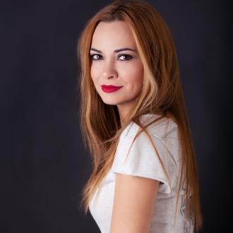 Θέμιδα Καρδιόλακα - Συγγραφέας παιδικών βιβλίων μαγειρικής και blogger Mama Knows